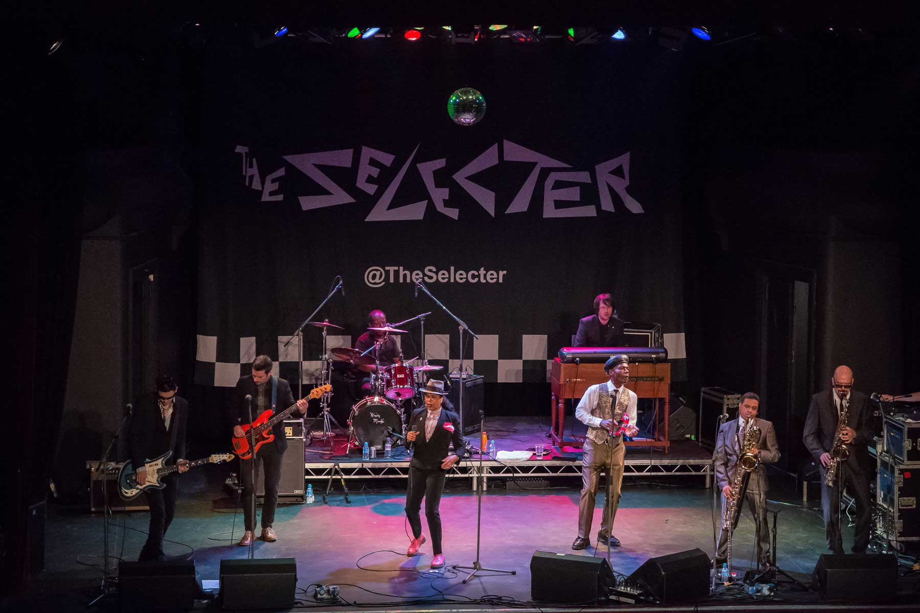 Paisley gives warm welcome to Coventry's The Selecter