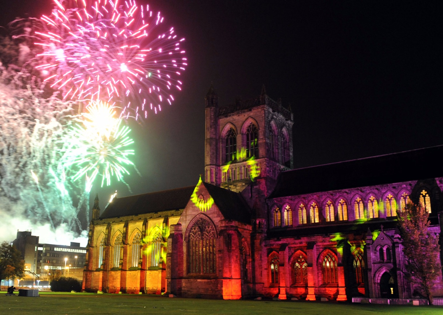 Paisley to light up with annual fireworks spectacular