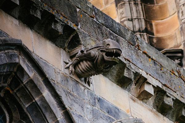 Alien gargoyle