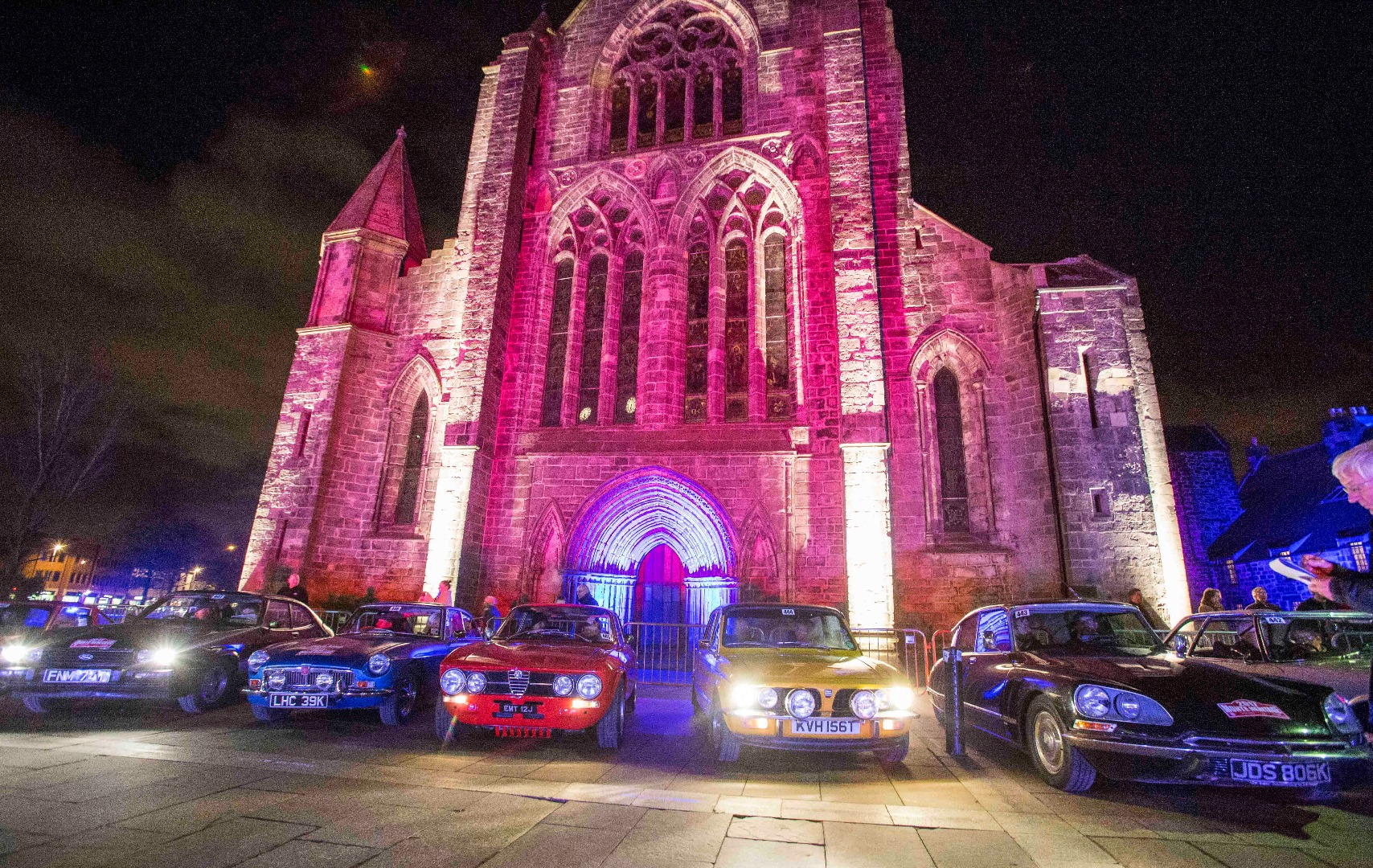 Rally cars in front of Paisley Abbey
