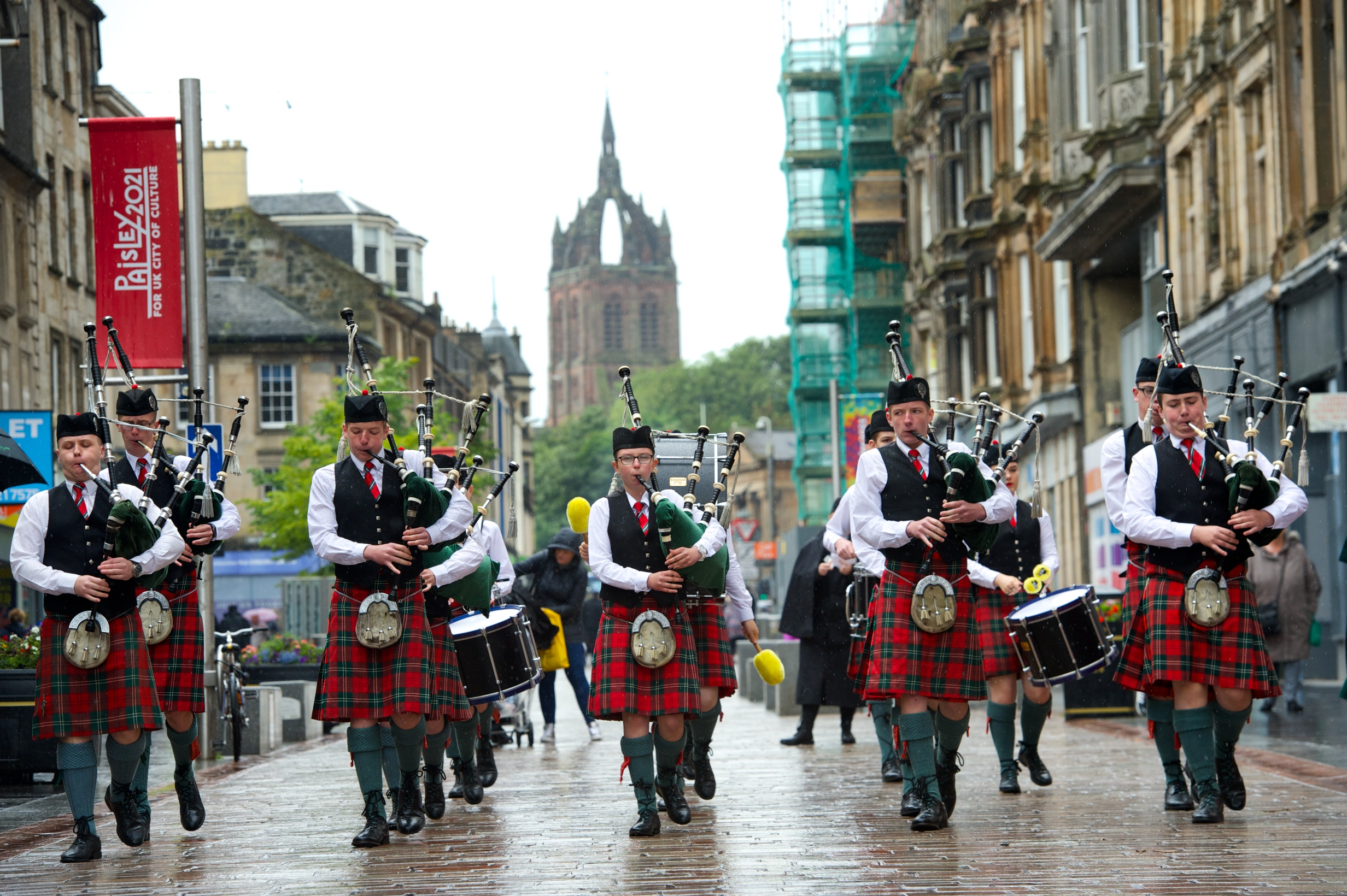 Piping competition drums up another successful event for Paisley